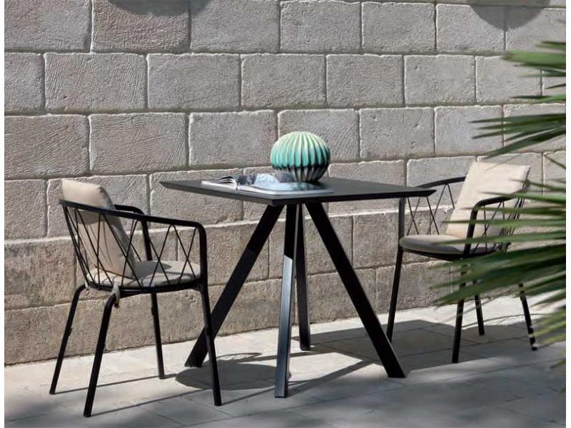 Tavolo in metallo vermobil modello desiree 80x80 - Vermobil